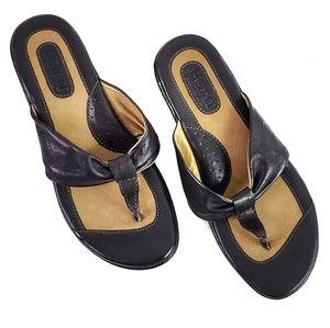 Born Leather Thong Sandal SZ 7